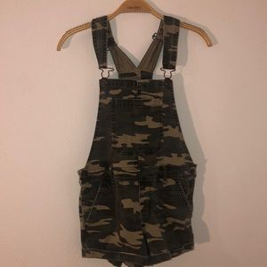 Camo overall shorts